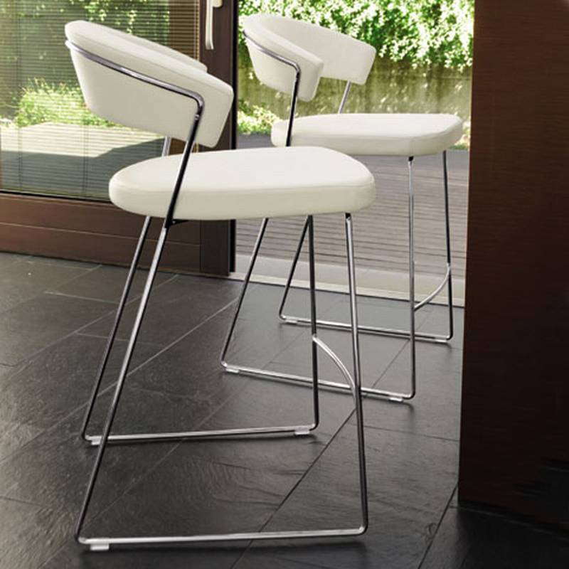 New York Leather Stool from Calligaris.