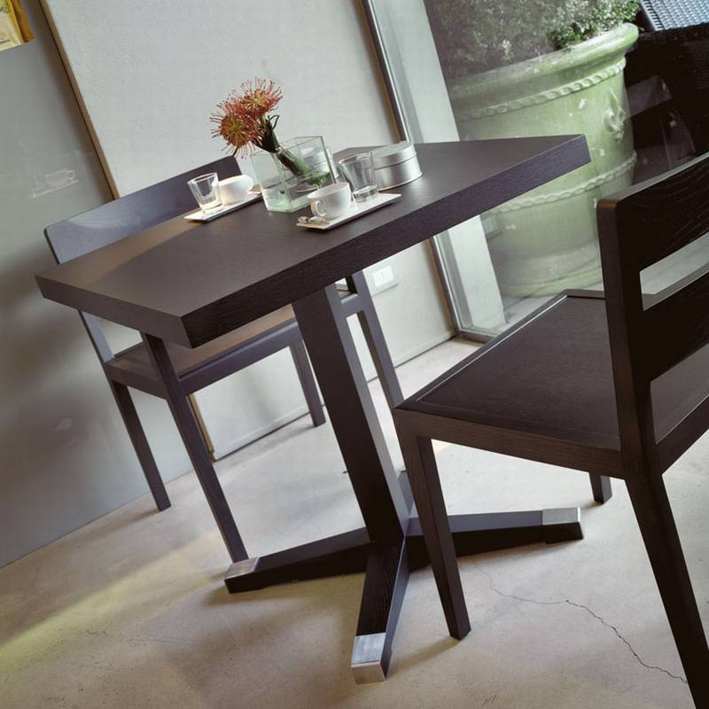 Park Dining Table from Porada.