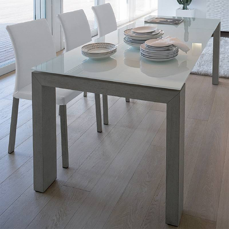 Antonello italia montreal dining table glass dining for Dining room tables montreal