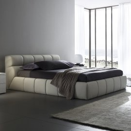 Cloud Bed by Rossetto