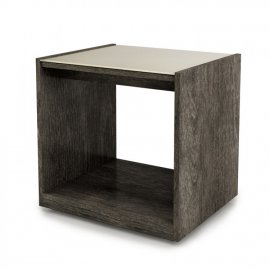 Cloe Side Table 1900 by Huppe