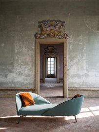 Face To Face Sofa by Tacchini