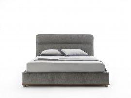 Kirk bed by Porada