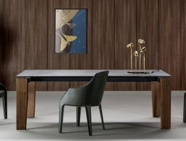 Truly Dining Table by Bonaldo