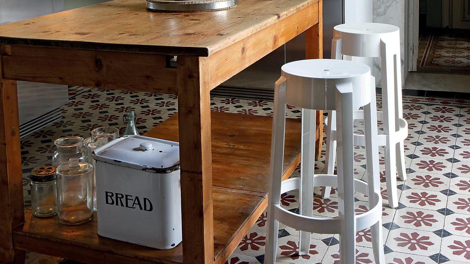 Kartell Charles Ghost Stool Plastic Kitchen Furniture