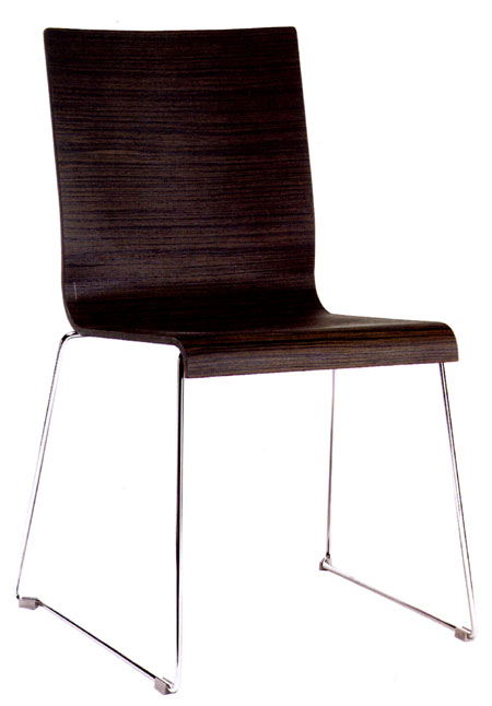 Kuadra Slide chair from Pedrali, designed by Pedrali R&D