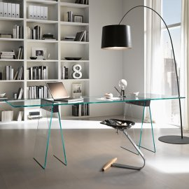 Kasteel Desk by Tonelli