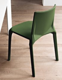 Plana Upholstered Chair by Kristalia