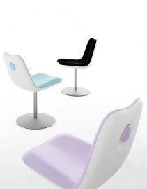 Swivel Boum  Chair by Kristalia