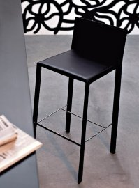 Slim Stool Stool by Kristalia