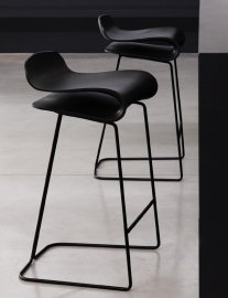 BCN Fixed Stool by Kristalia