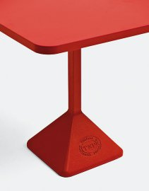 TNP Bar Tables by Kristalia