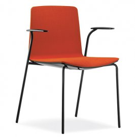 Noa 726 Chair by Pedrali