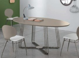 Octupus Oval Dining Table by Doimo