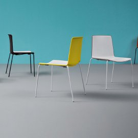 Tweet 890 Chair by Pedrali