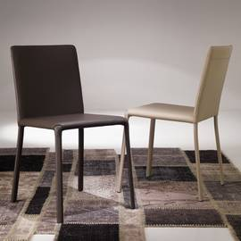 Lunette S322 Chair by Ozzio