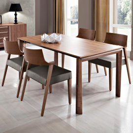 Universe-160 Dining Table by DomItalia