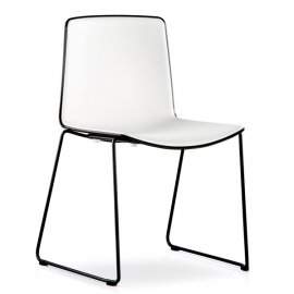 Tweet 897 Chair by Pedrali