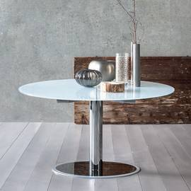 Venus Dining Tables by Sedit