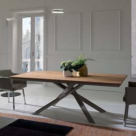 4x4 Dining Table by Ozzio