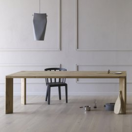 Manero Dining Tables by Miniforms