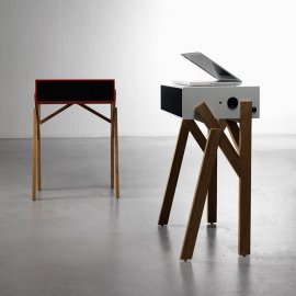 Torototela Desk by Miniforms