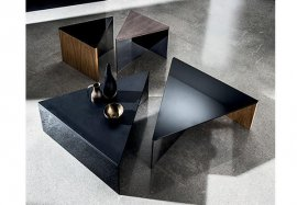 Regolo Triangular Coffee Table by Sovet