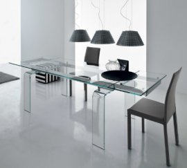Light Dining Tables by Compar