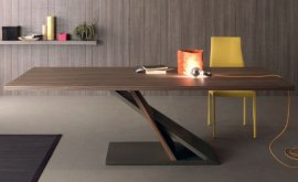 Zed Dining Table by Compar
