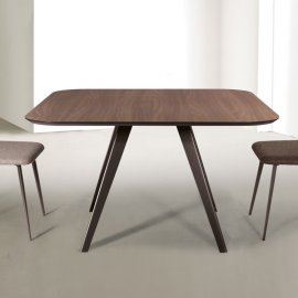 Aky Met Dining Table by Trabaldo