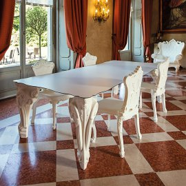 Sir of Love Dining Table by Slide
