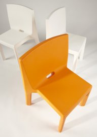 Q4 Chair by Slide