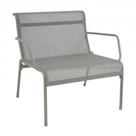 Kira Lounge Chair 685 by Emu
