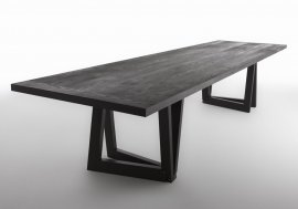 QuaDror03 Dining Table by Horm