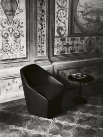 Misura Armchair by Tacchini