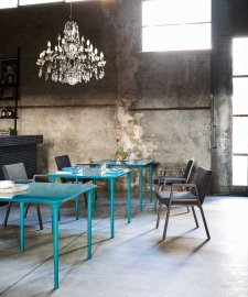 Spindle Glass Dining Table by Tacchini