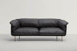 Winnie Sofa by Frag