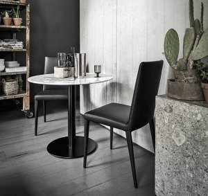 Doni Dining Table by Frag