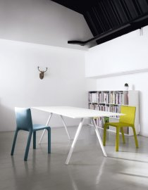 Neat Table by Kristalia