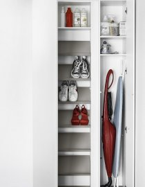 Blio Bookcase by Kristalia