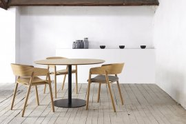 Mava Dining Chair Chair by Punt Mobles