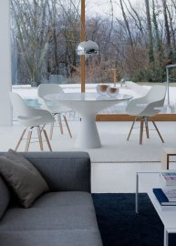 Blanco Dining Table by Zanotta