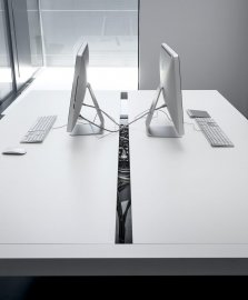 Sushi Workstation Conference Table by Kristalia