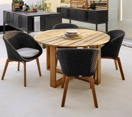 Endless Dining Table by Cane-line