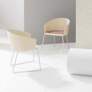 Fitt Hug Chair by Billiani