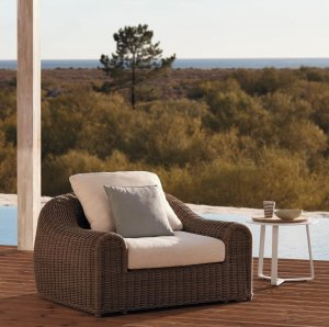 River Lounge Chair by Manutti