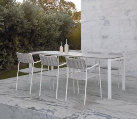 Trento Dining Table by Manutti