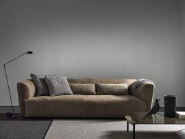 Gast Sofa by Frag
