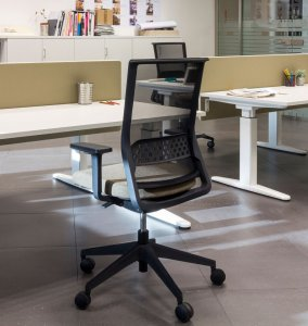 Stay Chair Office Chair-Seating by Actiu