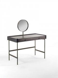 Dafto Dressing Table by Porada